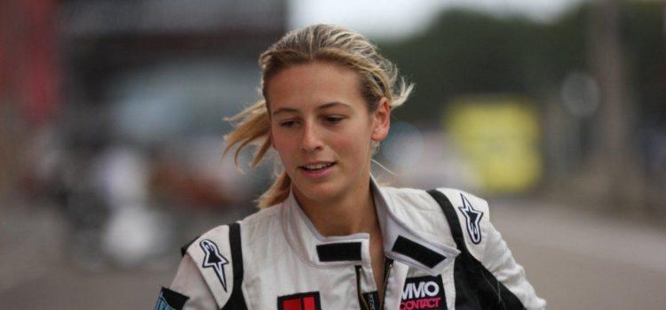 Portrait de Sarah Bovy – Consultante, cheffe d'entreprise et pilote de course
