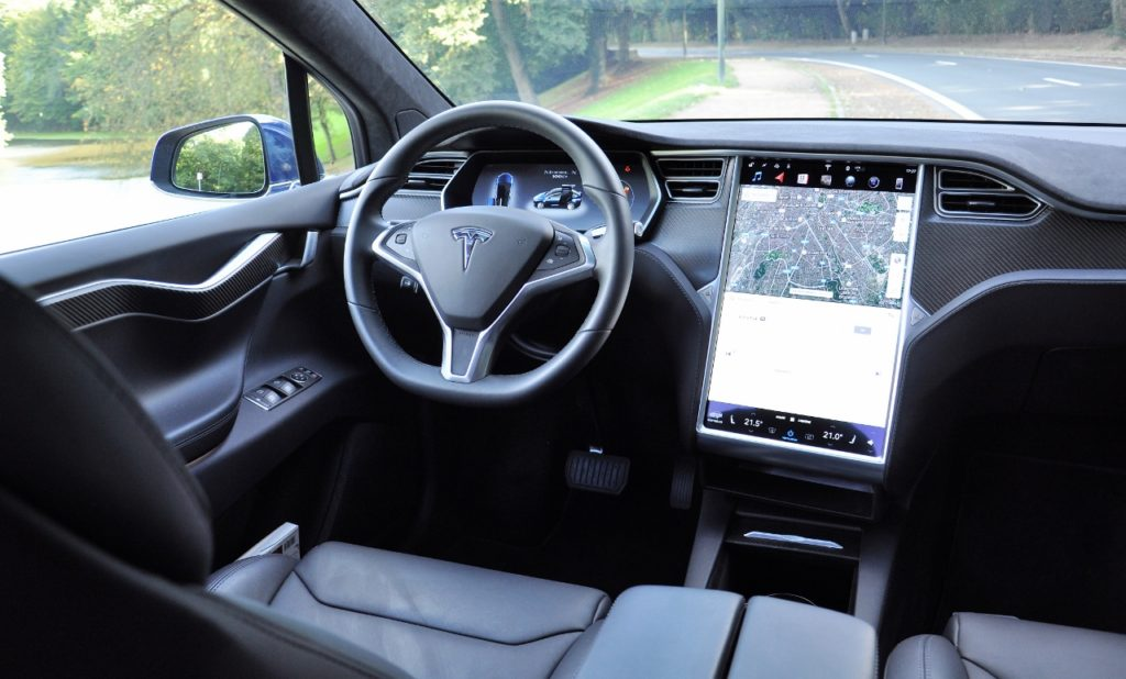 Tesla Model X100d - Cockpit