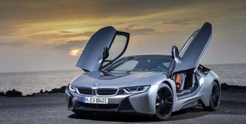 i8 Roadster décapotable: BMW et l'offensive de l'électrique sportive!